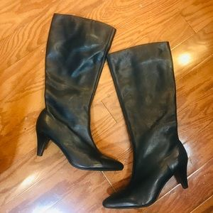 Women's Talbots Black Leather Boots -Sz 6.5